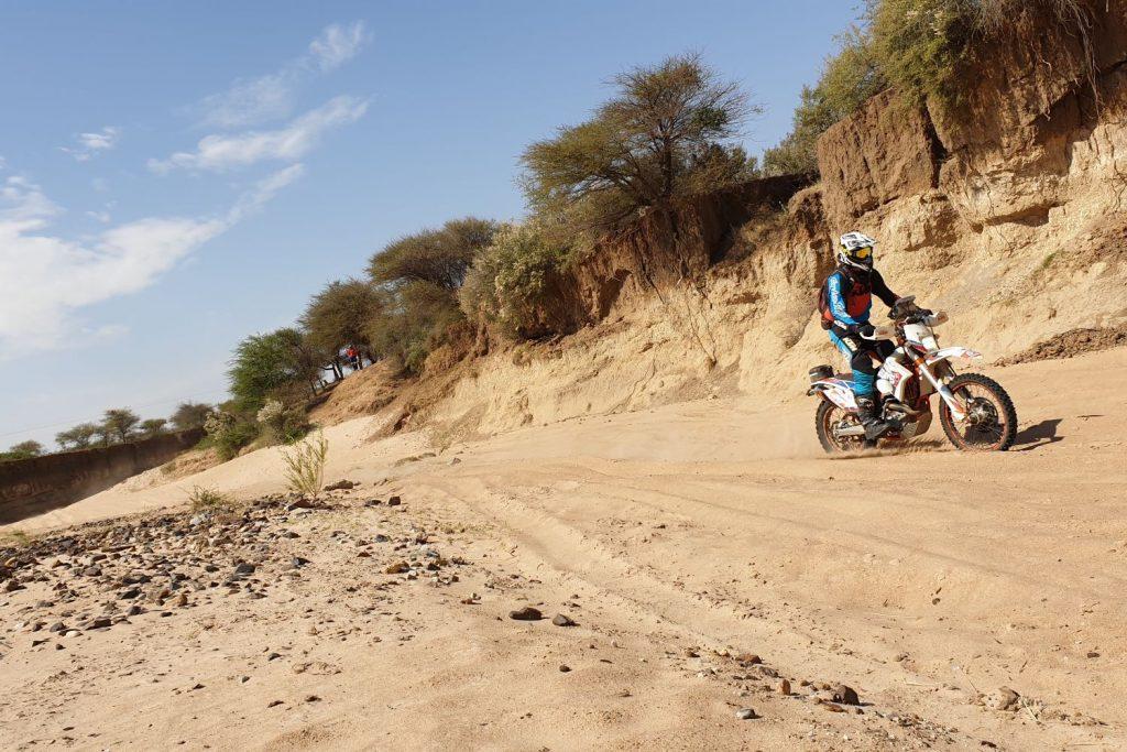 Kalahari Rally 2019 Dag 1: navigatie, navigatie en navigatie