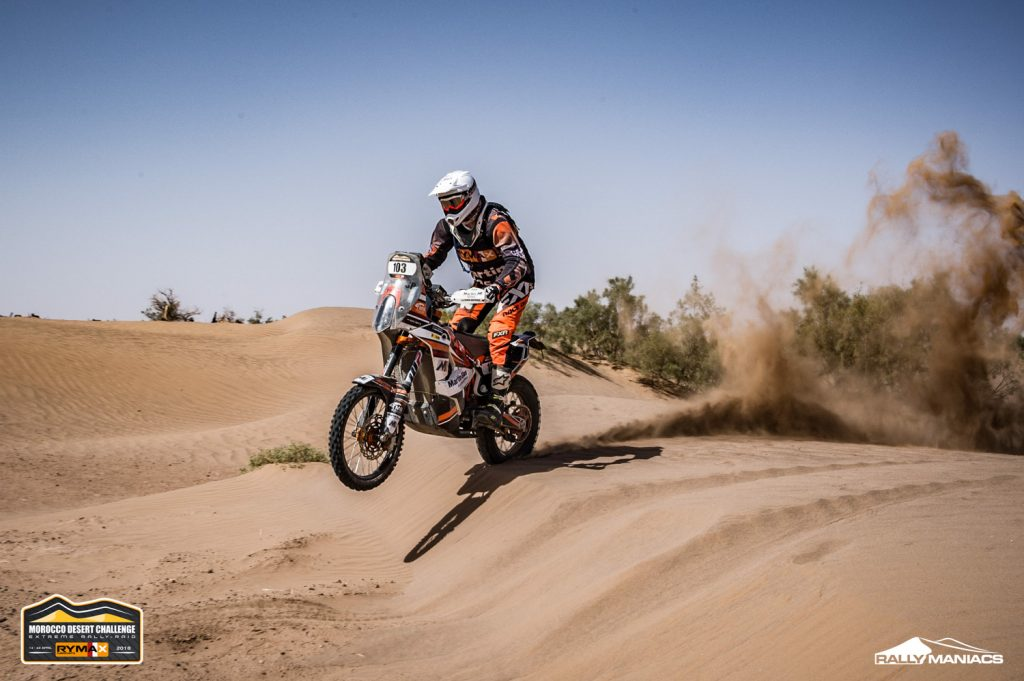 Smits wint duinenetappe in Morocco Desert Challenge
