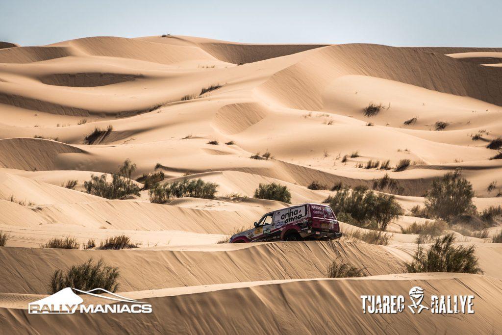 Eindeloze duinen in etappe 6 Tuareg Rally