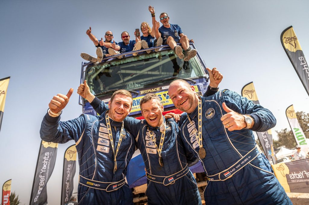 Van Velsen Rally Sport aan de finish in Dakar!