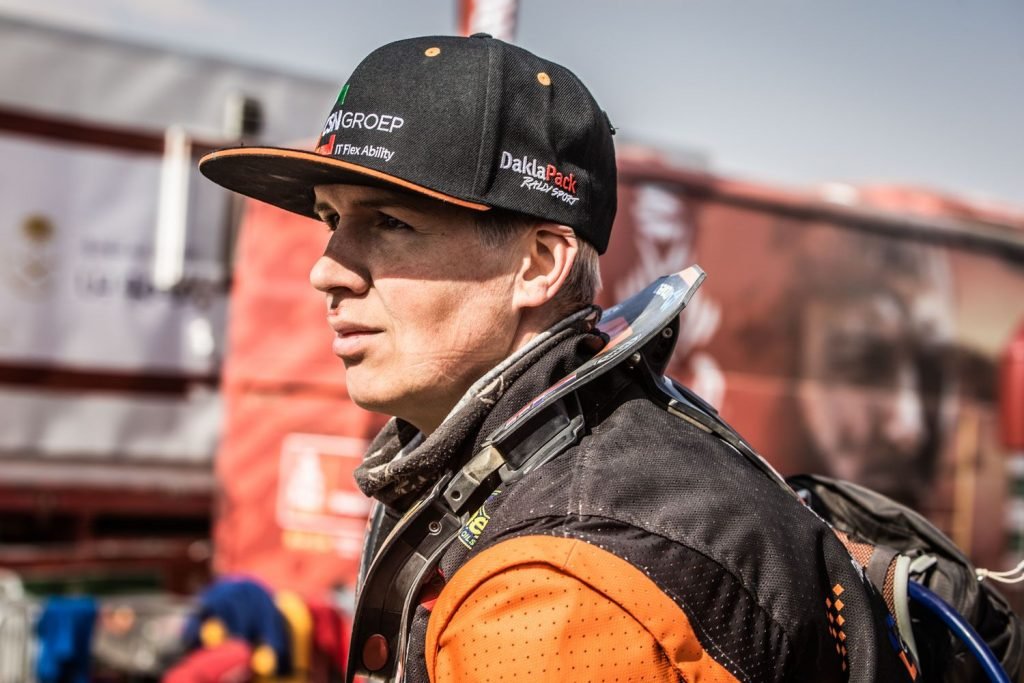 Mirjam Pol finisht Dakar Rally op derde continent