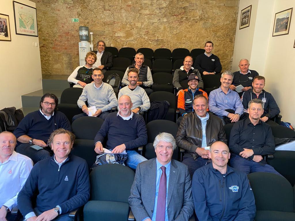 FIM in overleg met ASO, organisatoren, teams en motorrijders over veiligheid