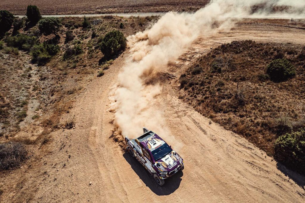 Baja Spanje dag 2: winst voor Al-Attiyah, Dakarspeed 2e bij de trucks