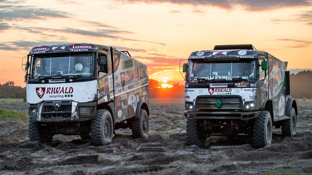 Riwald Dakar Team test de nieuwe hybride configuratie